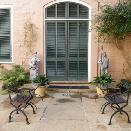 New Orlean Courtyard